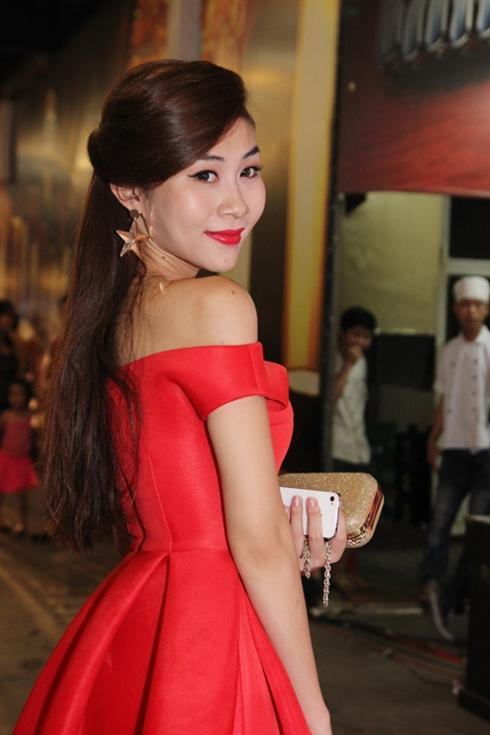 showbiz-viet.jpg.54c4fc17fb19ed98b2c891ff69759cd7.jpg
