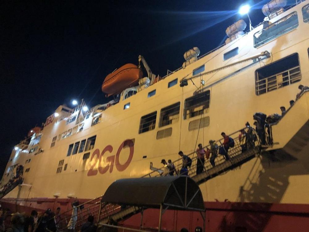 boat01.thumb.JPG.aa4dd21c536c686281b788c72b5711e3.JPG