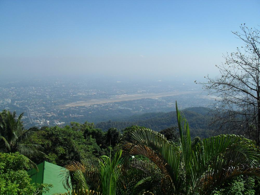 Chiang Mai Airport from Wat Phrathat Doi Suthep.jpg