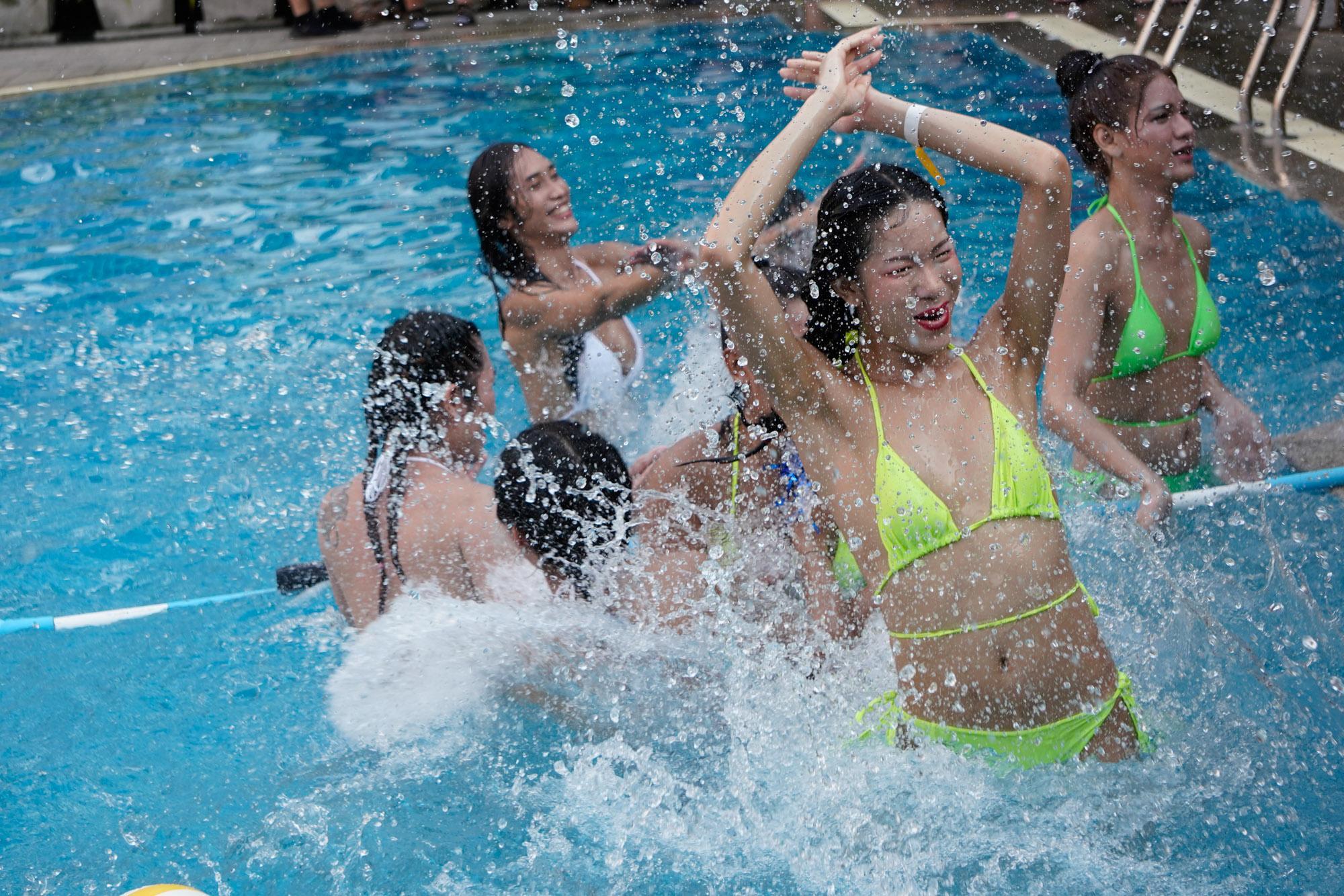 Ladyboy Water Volleyball
